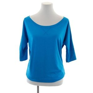 Workout/ Athleisure Off-the-shoulder Loose Fit Top